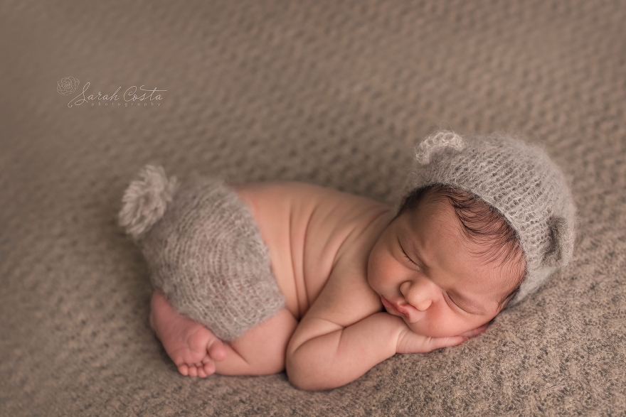Maternity newborn baby photography as well as fresh 48 photos in hospital home or birthing centers in vancouver washington and portland oregon